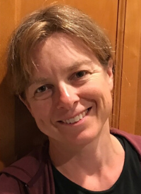 Elizabeth Lunney Headshot